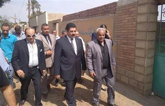 محافظ القليوبية يزور قبر أول شهيد مصري في حرب أكتوبر المجيدة  صور