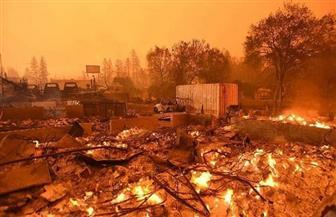 حريق ضخم بجنوب كاليفورنيا يجبر نحو ثمانية آلاف شخص على ترك منازلهم