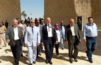 وزير الري يزور السد العالي ورمز الصداقة المصري الروسي | صور