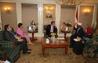 وزير التعليم العالي يستقبل سفير بوروندي بالقاهرة | صور