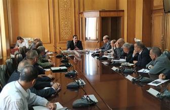 رئيس هيئة السكة الحديد يوجه بمتابعة معدلات تنفيذ مشروعات التطوير مع مديري المناطق| صور