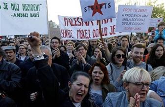الآلاف يحتجون ضد رئيس وزراء التشيك ويطالبون باستقالته
