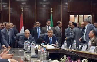 وزير القوى العاملة يصل المنصورة لتوقيع بروتوكولات تعاون مع الجامعات والمعاهد | صور