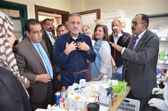 تنظيم قافلة طبية بقرية أبو طفيلة بالإسماعيلية وصرف العلاج بالمجان للمرضى | صور