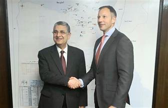 وزير الكهرباء يلتقي مساعد وزير خارجية أمريكا لبحث تعزيز التعاون في قطاع الطاقة