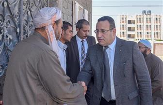 محافظ الإسكندرية يقدم العزاء لأسرة الشهيد محمد رمضان ببرج العرب | صور