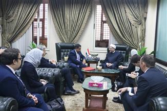 المفتي يبحث مع مبعوث رئيس الوزراء البريطاني لحرية الدين أوجه تعزيز التعاون