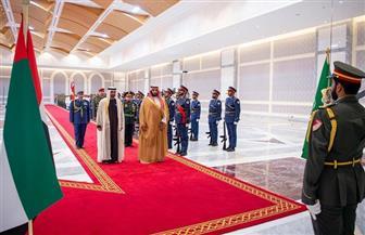 ولي العهد السعودي يبحث مع ولي عهد أبوظبي آخر التطورات الإقليمية والدولية