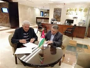 نقيب الزراعيين يوقع مذكرة تفاهم مع النقابة الأردنية للاستفادة من الموارد البشرية والفنية بالبلدين| صور