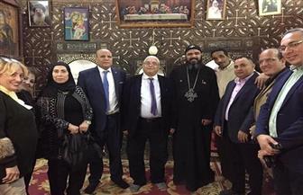 """""""المصريين الأحرار"""" يزور دير """"درنكة"""" لدعم وتعزيز السياحة الدينية"""
