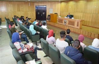 رئيس جامعة سوهاج يناقش احتياجات اتحاد الطلاب وخططهم وآليات تنفيذها | صور