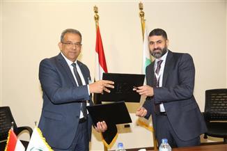 البريد المصري يوقع بروتوكولا لتطبيق التحول الرقمي