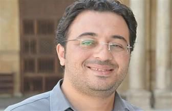 """دكتوراه بـ""""إعلام الأزهر"""" تكشف كيفية تعامل الصحافة الإلكترونية الغربية مع المشهد السياسي المصري"""