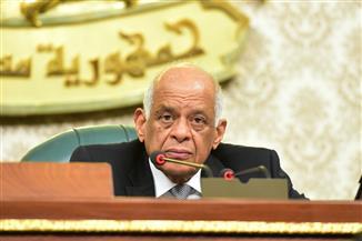 رئيس النواب يطالب بإيجاد إدارة اقتصادية محترفة لأموال المعاشات