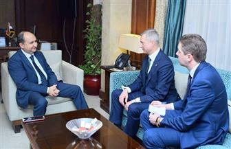 وزير التجارة يبحث مع نظيره البيلاروسي تعزيز العلاقات الاقتصادية بين البلدين