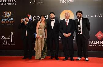 """شريف دسوقي أفضل ممثل عن فيلم """"ليل خارجي""""..وصوفيا ساموشي أفضل ممثلة بـ""""القاهرة السينمائي"""""""