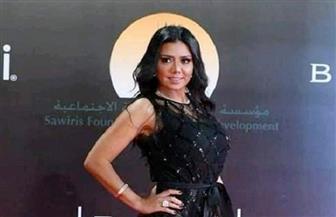 """رانيا يوسف: """"ارحموني مش قصدي"""".. ومقدم البلاغ يتنازل على الهواء"""