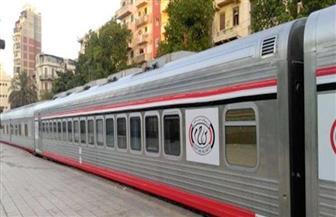 إصلاح القطار 157 مميز بقنا وإيقاف حركة القطارات في دشنا
