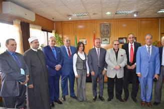 محافظ الإسماعيلية يستقبل رئيس جامعة سيناء لبحث سبل التعاون بين الجانبين
