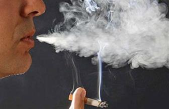 التدخين السلبي على الأطفال قد يؤدي إلى فقدان السمع والسرطان| فيديو