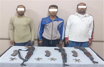 ضبط 3 مزارعين قبل تشاجرهم بالأسلحة النارية مع آخرين في أسيوط