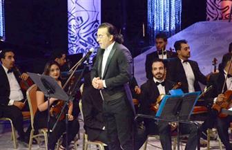 جماهير الأوبرا تحتفي بالأمسية اللبنانية للمايسترو أندريه الحاج |صور