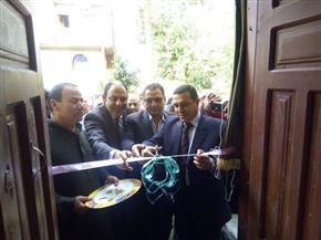 رئيس مركز ملوي بالمنيا يفتتح مكتبين للبريد لخدمة الأهالي