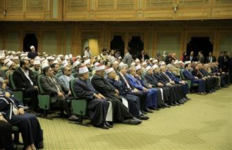 رئيس البرلمان: لن يربح العالم معركته ضد التطرف والإرهاب بدون الأزهر| صور