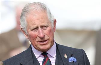 تقارير: الأمير تشارلز يخطط لطرد هاري وميجان من العائلة الملكية