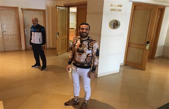 علي معلول يصل تونس لمساندة الأهلي قبل النهائي الإفريقي