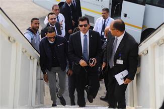 أحمد فتحي ومؤمن زكريا يساندان الأهلي في تونس | صور