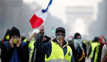 """عودة """"السترات الصفراء"""" للاحتجاج بالشانزيليزيه"""