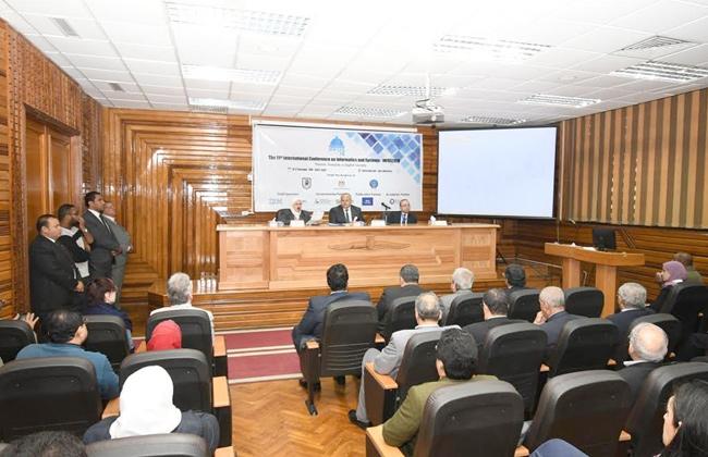 الخشت: جامعة القاهرة لها دور في التحول نحو الاقتصاد الرقمي   صور -