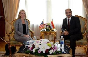 وزير الطيران يستقبل وزيرة الأمن الداخلي الأمريكي