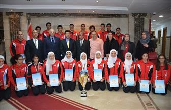 وزير الرياضة يكرم لاعبي مصر الفائزين ببطولتى العالم للكبار والناشئين في كرة السرعة  صور