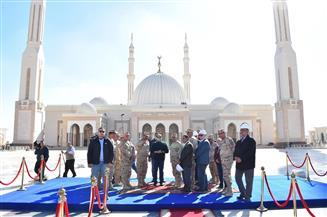 ننشر تفاصيل جولة الرئيس التفقدية في العاصمة الإدارية الجديدة وعدد من مشروعات الطرق| صور