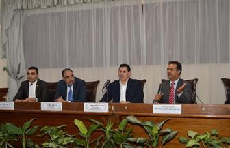 نائب رئيس جامعة عين شمس: تذليل كل العقبات التى تواجه الطلاب الوافدين |صور