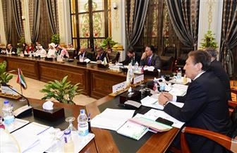 رئيس البرلمان: أزمات الوطن العربي تناقشه أطراف غير عربية