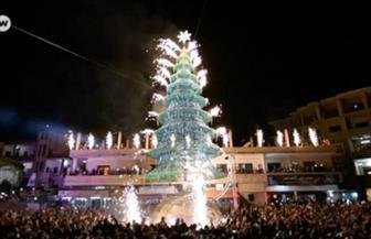 للمرة الأولى منذ سنوات.. دمشق تتزين لعيد الميلاد بعيدا عن دوى القذائف