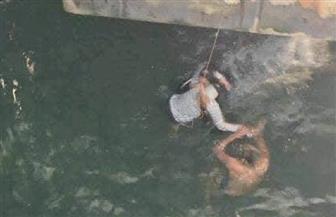 شهامة أمين شرطة تنقذ فتاة من الغرق بعد قفزها فى مياه ترعة الإبراهيمية بأسيوط
