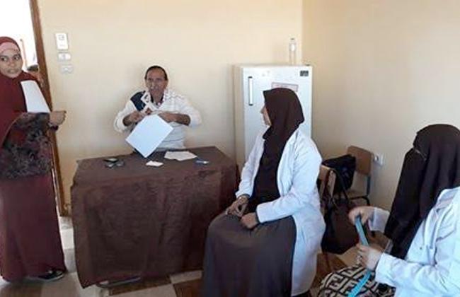632 تلميذا استفادوا من مبادرة 100 مليون صحة في الوادي الجديد   صور -