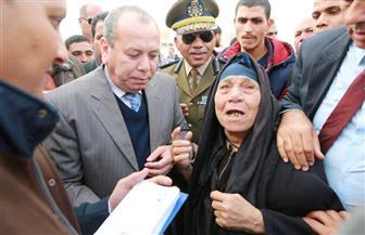 محافظ كفرالشيخ يلتقى بأهالي قرية الزعفران | صور