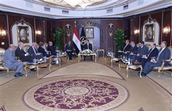 وزير الداخلية يستقبل مدير عام منظمة الهجرة | صور