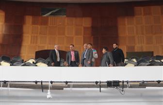 رئيس جامعة كفر الشيخ يتابع تجهيزات المكتبة ومسرح الجامعة تمهيدا لافتتاحهما