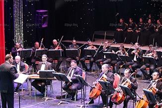 فرقة عبد الحليم نويرة للموسيقي العربية تتغنى بأعمال حلمي بكر بالأوبرا