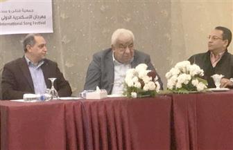 أسامه الشيخ: الإثارة أصبحت هدف بعض البرامج.. وهذه أسباب ضعف الإعلام