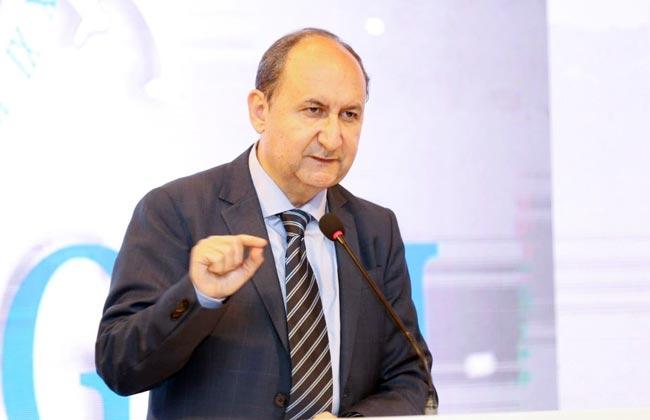 وزير التجارة يبحث مع رئيس الأكاديمية العربية للعلوم تعزيز التعاون المشترك style=