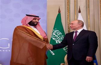 ولي العهد السعودي يلتقي مع بوتين ويناقشان إعادة التوازن لسوق النفط