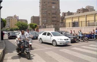 كثافات مرورية متوسطة في الذروة الصباحية بالشوارع والميادين الرئيسية بالقاهرة والجيزة