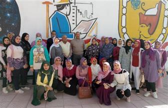 كلية تعليم صناعي بسوهاج تستقبل طالبات مدرسة المستشار حلمي عبد الآخر في رحلة علمية